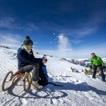 Rodeln am Winterwanderweg auf der Tauplitz, Ausseerland